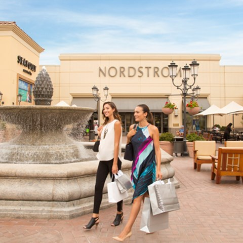 Barnes And Noble Fashion Island